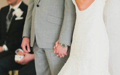 Marriages in UK fall to a record low